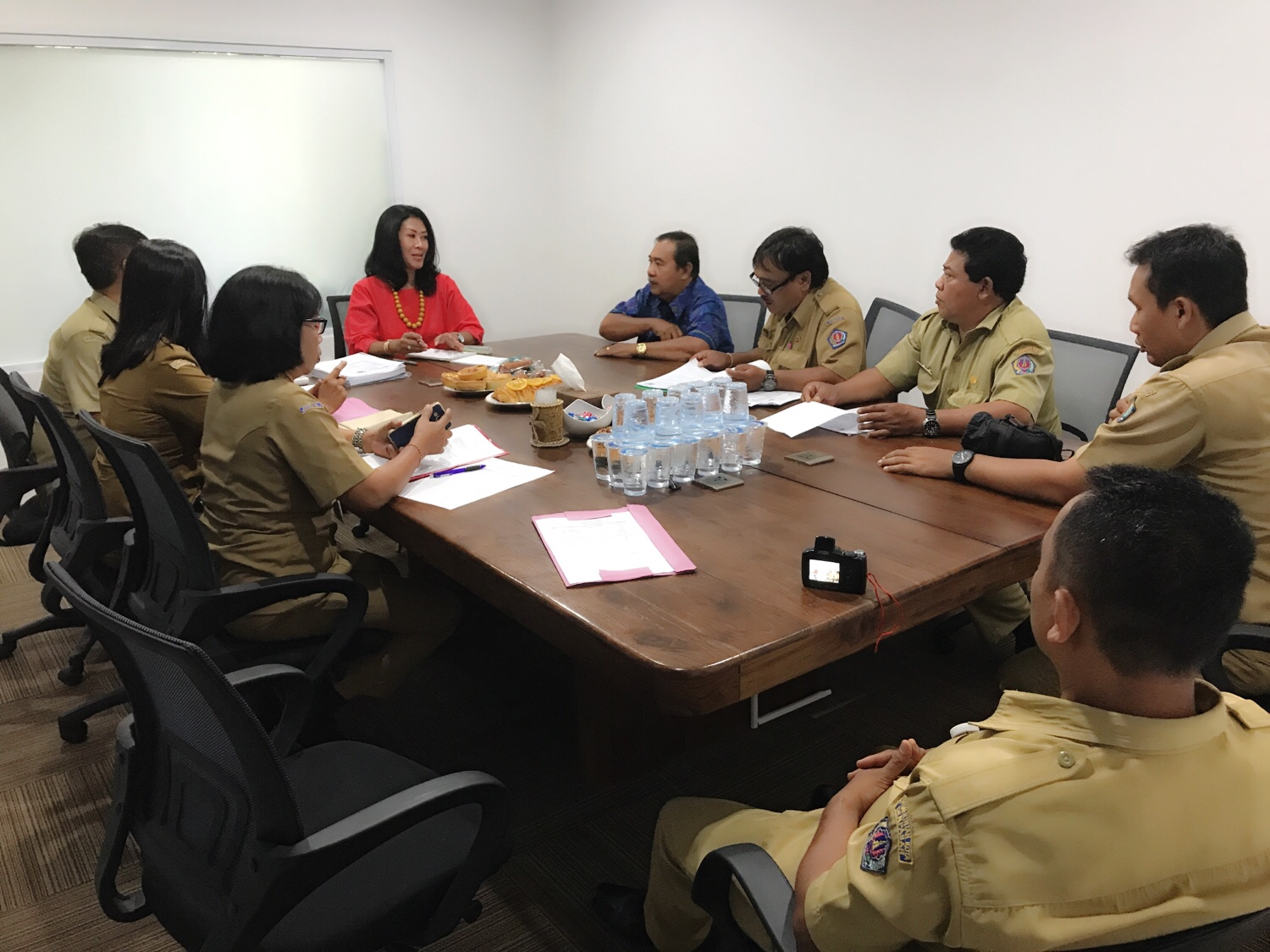 Melany Dian Risiyantie Educates Local Government on The Laws of Goods & Services